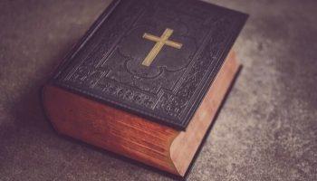 ¿Qué Significa Soñar con la Biblia?