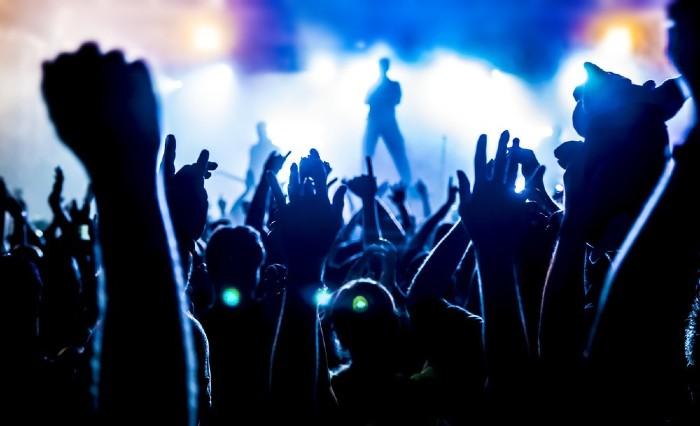 Soñar con concierto