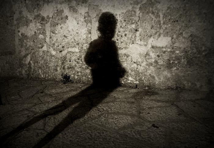 Soñar con sombras negras
