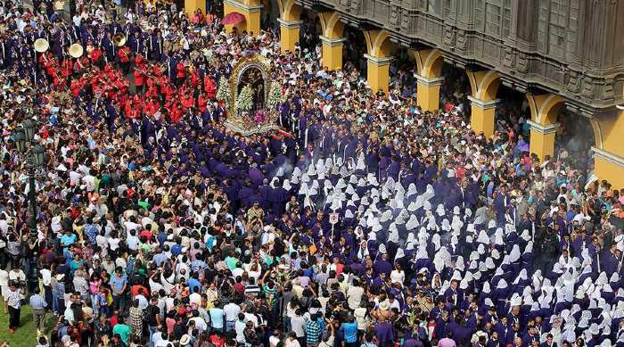 soñar con procesion