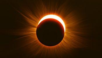 ¿Qué Significa Soñar con Eclipse?
